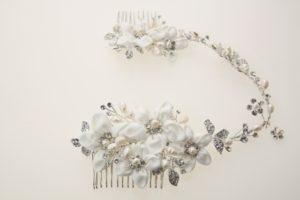 ZE9小鑽包裹珍珠蕊布藝五瓣花新娘髮條/宴會造型