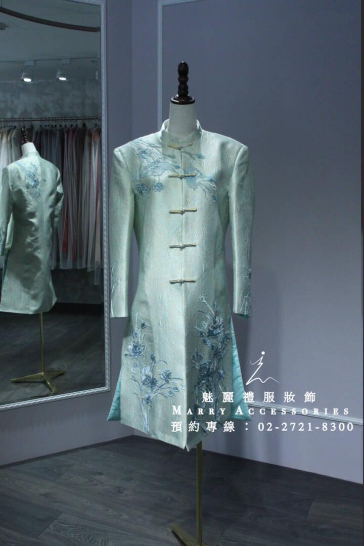 M166系列優雅藍色刺繡男性古風禮服-晚宴禮服-新娘晚禮服-綉禾服