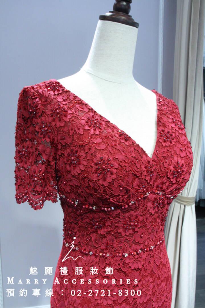 M35系列修身V領紅色簍空蕾絲媽媽禮服-晚宴禮服-新娘晚禮服