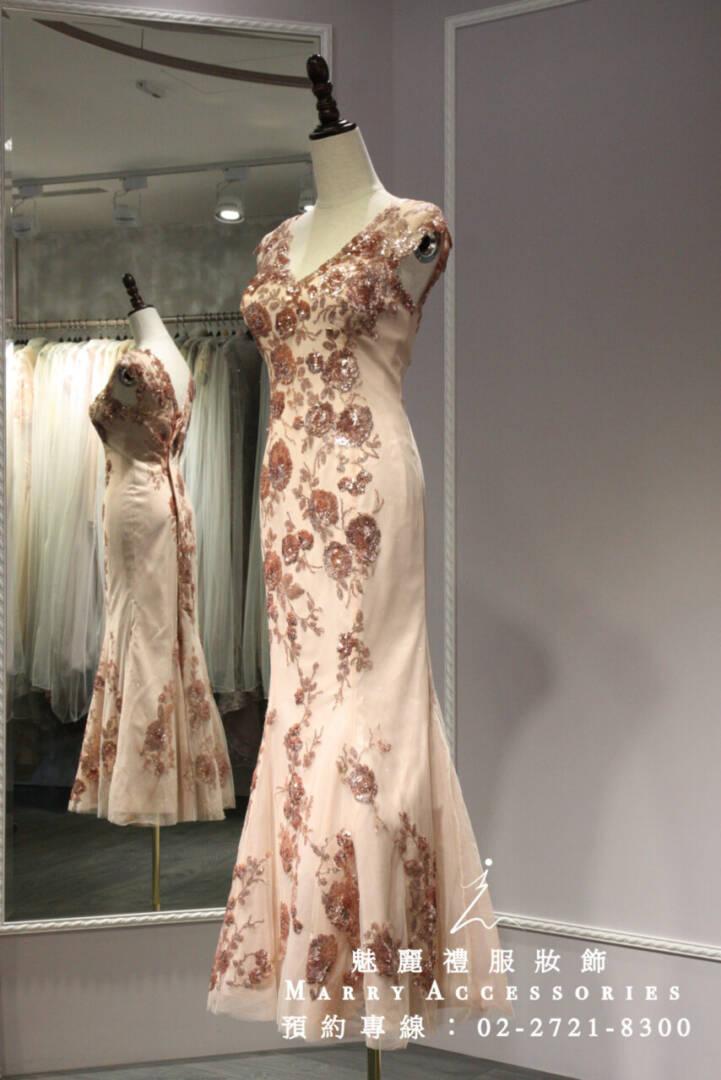 M5高雅怡人粉色玫瑰V領魚尾禮服-媽媽禮服-晚宴禮服-新娘晚禮服